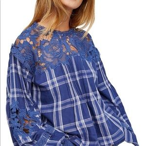 Brand New Free People Darling Diana Blouse!!